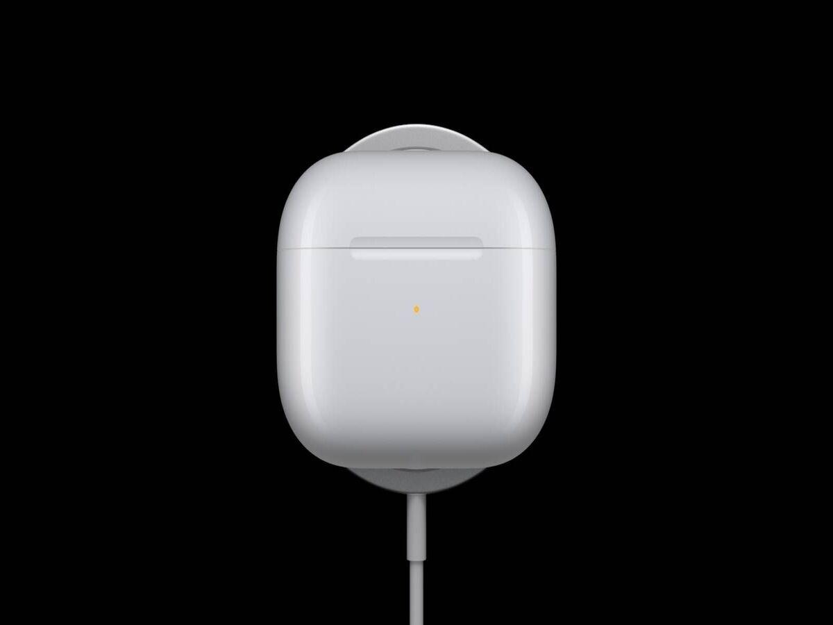 AirPod 3 : le premier boîtier de charge résistant à l'eau (IPX4)