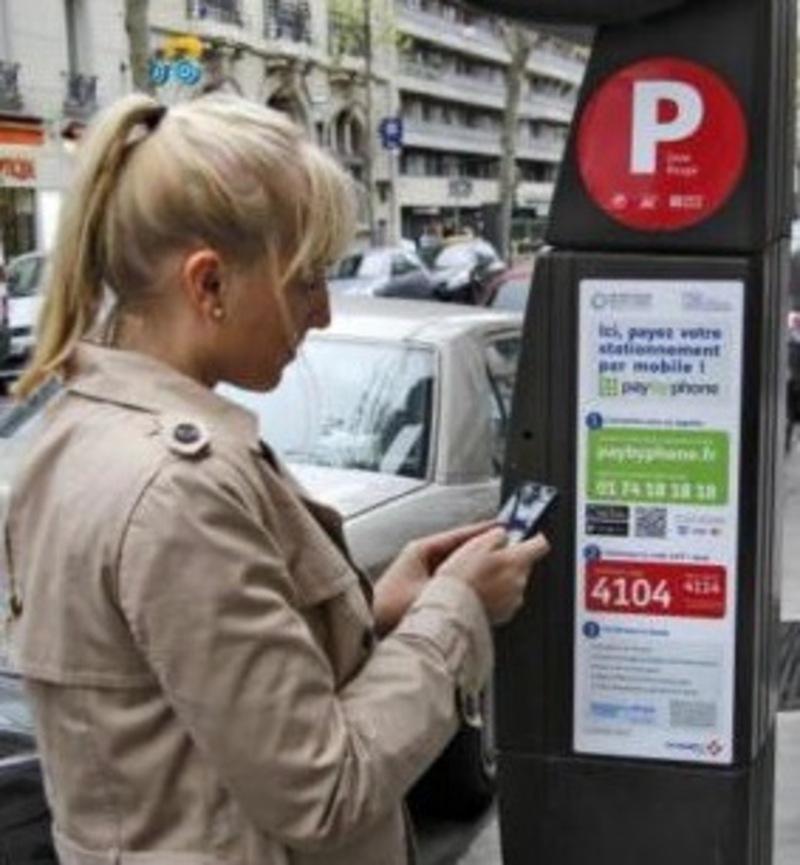 Illustration : Vinci va gérer le paiement par smartphone des parcmètres parisiens