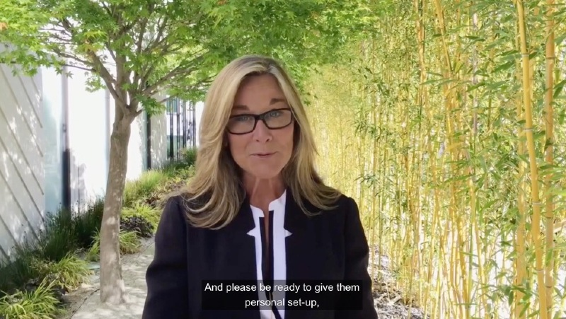 Illustration : Exclusif : Angela Ahrendts confirme les livraisons d'Apple Watch le 24 et rassure ses troupes (vidéo)